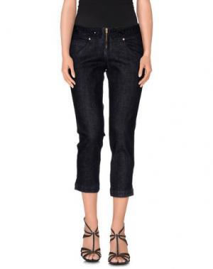 Джинсовые брюки-капри EXTE. Цвет: синий