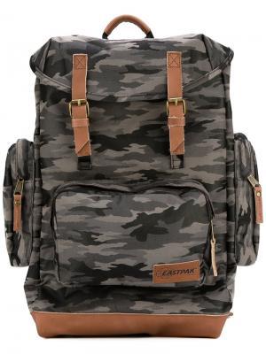 Camouflage backpack Eastpak. Цвет: зелёный
