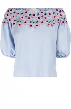 Топ свободного кроя с открытыми плечами и контрастной цветочной отделкой Peter Pilotto. Цвет: голубой