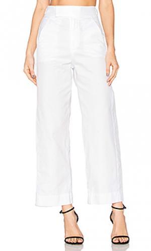 Брюки uniform LACAUSA. Цвет: белый