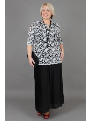 Блузки NadiN. Цвет: черный, белый