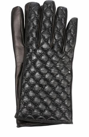Кожаные перчатки  Garavani с металлическими заклепками Valentino. Цвет: черный