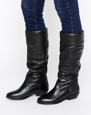 Office Свободные кожаные сапоги на плоской подошве Hazel. Цвет: черный