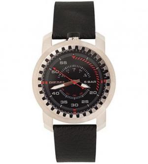 Часы круглой формы с кожаным ремешком Diesel