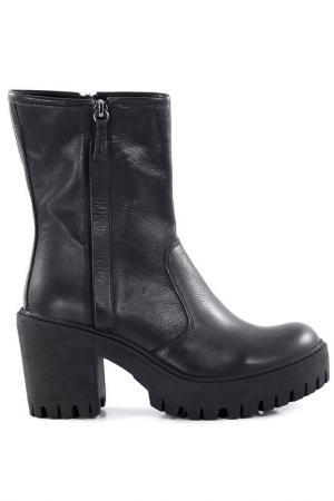 Ankle boots Studio Italia. Цвет: black
