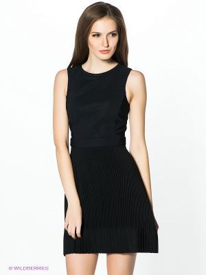 Платье PINKO. Цвет: черный