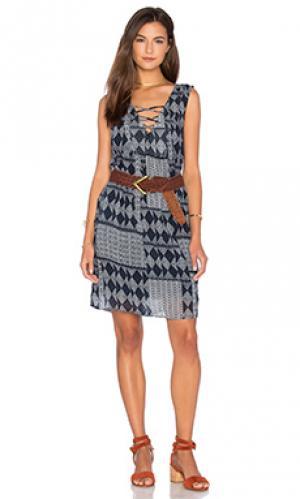 Платье sarita Velvet by Graham & Spencer. Цвет: синий