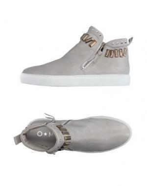 Высокие кеды и кроссовки OM. Цвет: серый