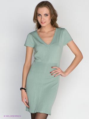 Платье Aaiko. Цвет: зеленый