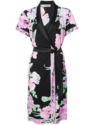 Платье с цветочным принтом Leonard. Цвет: чёрный