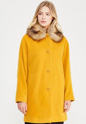 Пальто Naf. Цвет: желтый