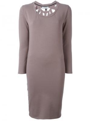 Платье с перфорированной спинкой Murmur. Цвет: серый