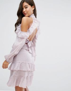 Dark Pink Платье миди с рюшами и открытой спиной. Цвет: фиолетовый
