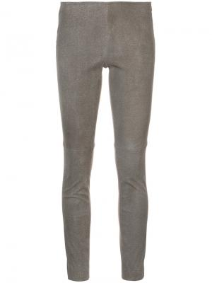 Прямые брюки Akris Punto. Цвет: коричневый
