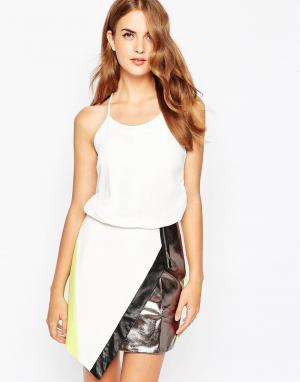 Adelyn Rae Платье со вставкой металлик. Цвет: белый