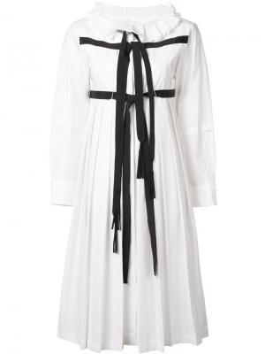 Плиссированное платье  с контрастными лямками Tsumori Chisato. Цвет: белый