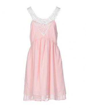 Короткое платье DUCK FARM. Цвет: розовый