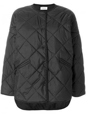 Укороченная стеганая куртка Toteme. Цвет: чёрный
