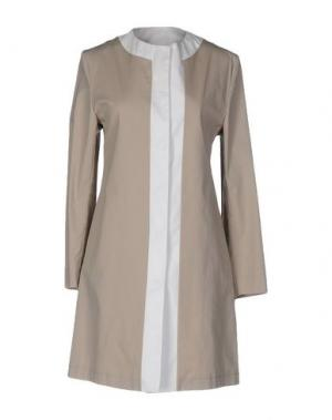 Легкое пальто GUTTHA. Цвет: бежевый