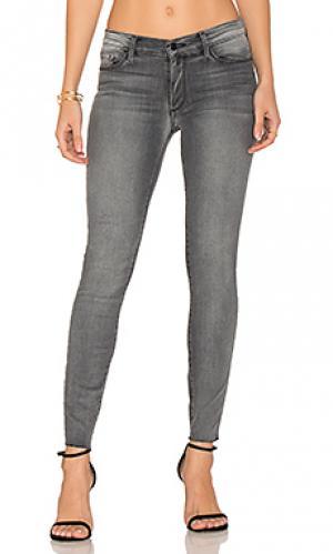 Узкие джинсы с потрепанным низом noah Black Orchid. Цвет: none