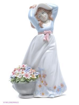 Фигурка Девочка с корзинкой Pavone. Цвет: голубой, розовый, зеленый