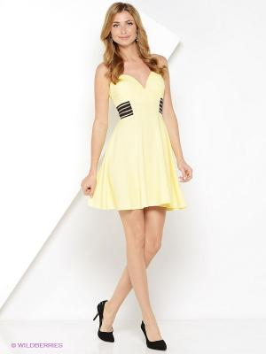 Платье Lucia Milano. Цвет: желтый