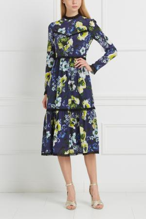 Шелковое платье Georgie Erdem. Цвет: синий, разноцветный
