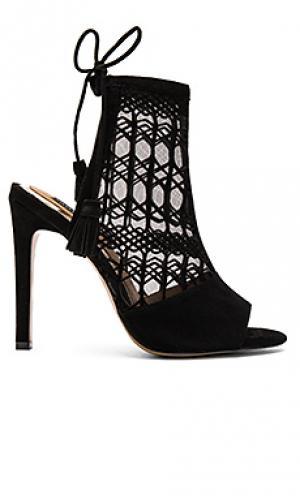 Туфли на каблуке laser JAGGAR. Цвет: черный
