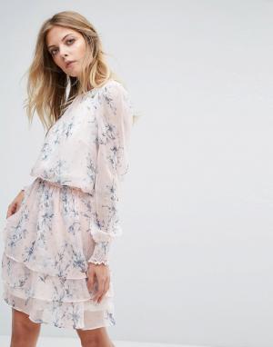 Y.A.S Платье с длинными рукавами и цветочным принтом. Цвет: мульти