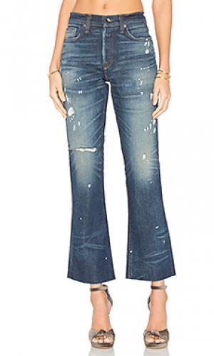 Укороченные джинсы-клёш с обрезанным низом maxwell baldwin. Цвет: none