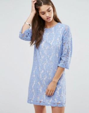Darling Цельнокройное кружевной платье с рукавами 3/4. Цвет: фиолетовый