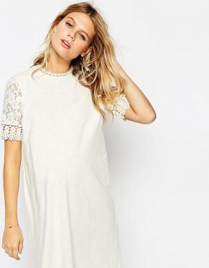 ASOS Maternity Цельнокройное платье для беременных. Цвет: кремовый