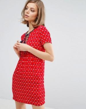 Vanessa Bruno Athé Фактурное чайное платье с завязкой Athe. Цвет: красный