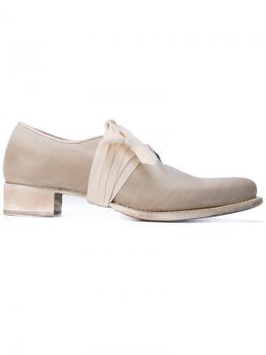 Туфли с завязками Cherevichkiotvichki. Цвет: телесный