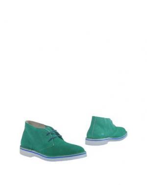 Полусапоги и высокие ботинки WALLY WALKER. Цвет: зеленый