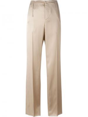 Классические атласные брюки Calvin Klein. Цвет: телесный