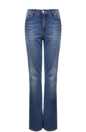 Расклешенные джинсы с контрастной прострочкой и стрелками Escada Sport. Цвет: голубой