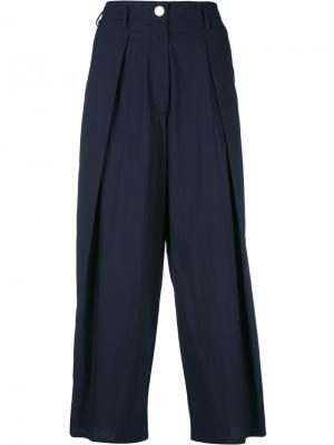 Укороченные брюки Forte. Цвет: синий