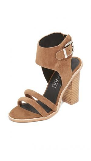 Сандалии на каблуках Tiki Sol Sana. Цвет: светло-бежевый