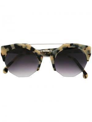 Солнцезащитные очки Patti Kyme. Цвет: телесный