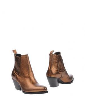 Полусапоги и высокие ботинки SPAZIOMODA. Цвет: бронзовый