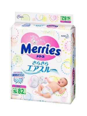 Подгузники для детей размер S 4-8кг, 82шт MERRIES. Цвет: белый