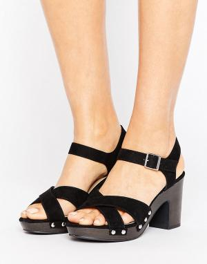 New Look Wide Fit Сабо на каблуке с заклепками для широкой стопы. Цвет: черный