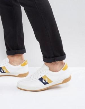 Fred Perry Белые кожаные кроссовки B1. Цвет: белый