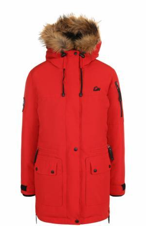 Пуховая парка с меховой отделкой капюшона Arctic Explorer. Цвет: красный