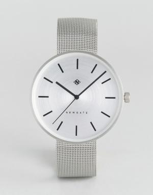 Newgate Часы с серебристым сетчатым ремешком Drumline. Цвет: серебряный