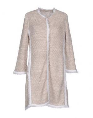 Легкое пальто BRUNO MANETTI. Цвет: бежевый