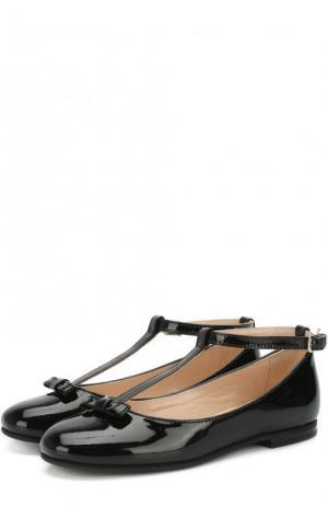 Лаковые туфли с бантом на ремешке Il Gufo. Цвет: черный