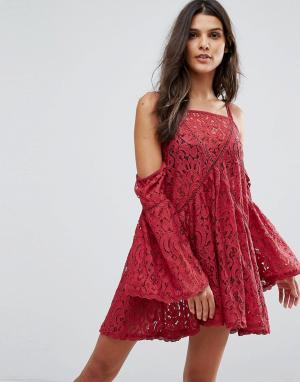 Minkpink Кружевное пляжное платье Young Hearts. Цвет: красный