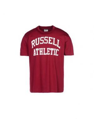 Футболка RUSSELL ATHLETIC. Цвет: пурпурный